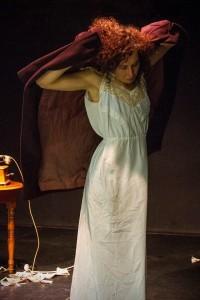 Sarah Mathon dans La Voix Humaine de Jean Cocteau