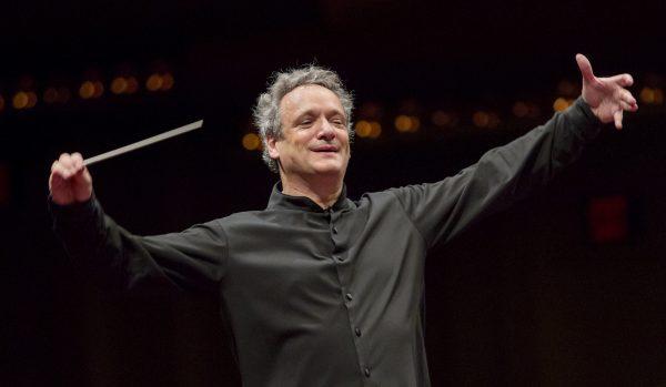 Louis Langrée, associé au projet de l'Orchestre des Champs-Élysées pour trois saisons