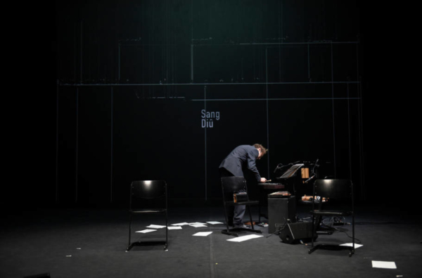 / critique / Jérôme Kircher seul avec Monsieur Linh