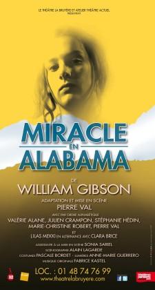 Miracle en Alabama au Théâtre La Bruyère en version surtitrage pour les spectateurs sourds et malentendants