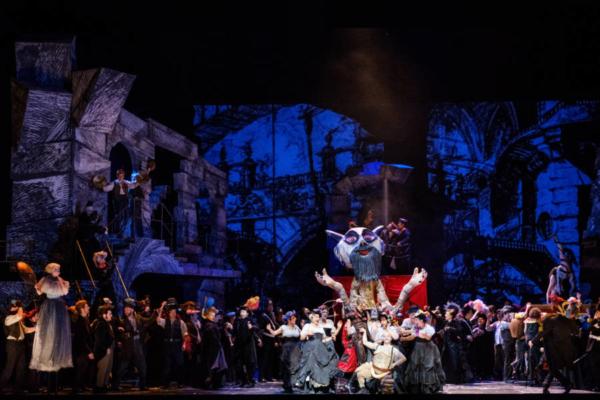 / critique / Spectaculaire Cellini à l'Opéra de Paris