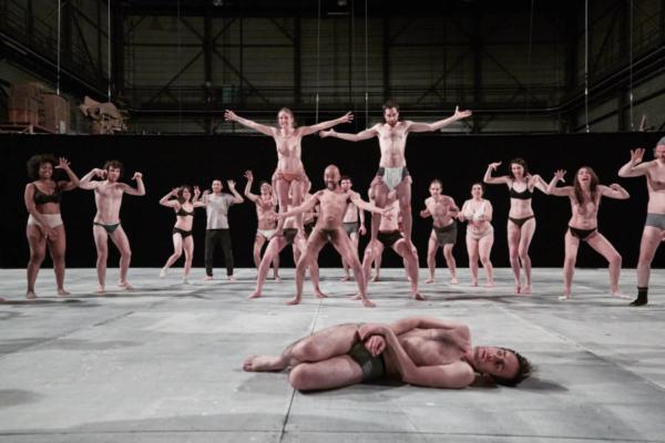 / critique / Gwenaël Morin fait revivre le Paradise Now du Living Theater