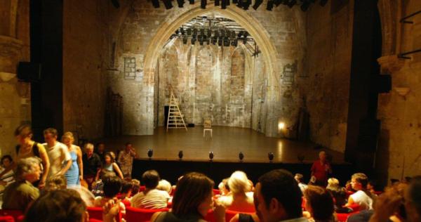 Une belle brochette de metteurs en scène cet été dans le off au théâtre du Chêne Noir