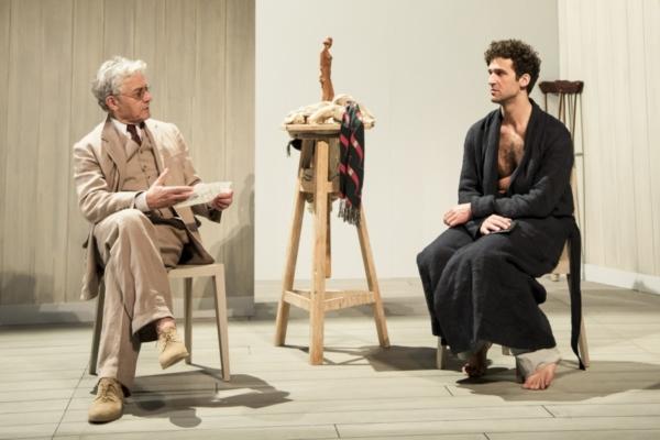 / critique / Les Créanciers de Strindberg sous une douce lumière